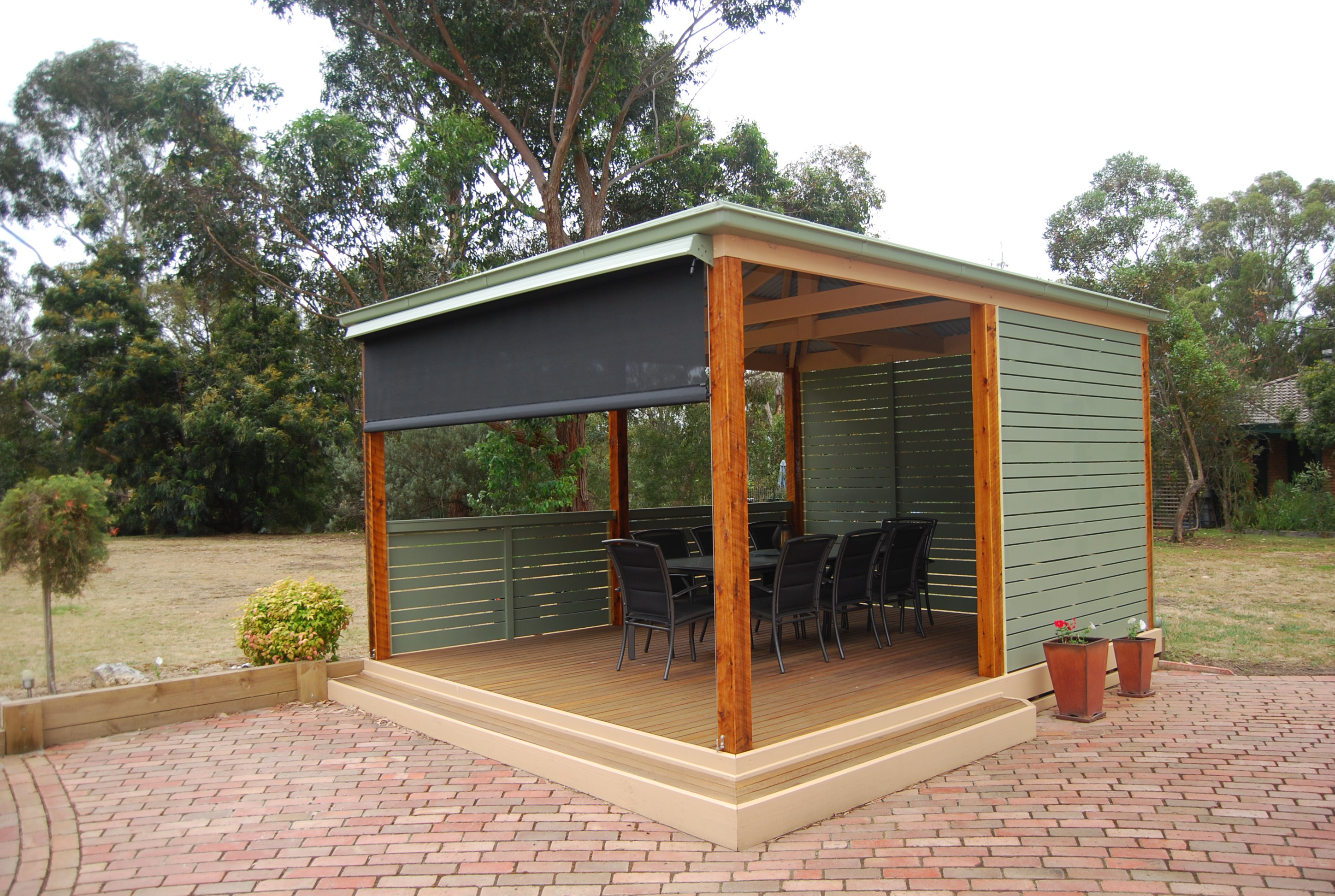 Retractable Awnings (9).JPG
