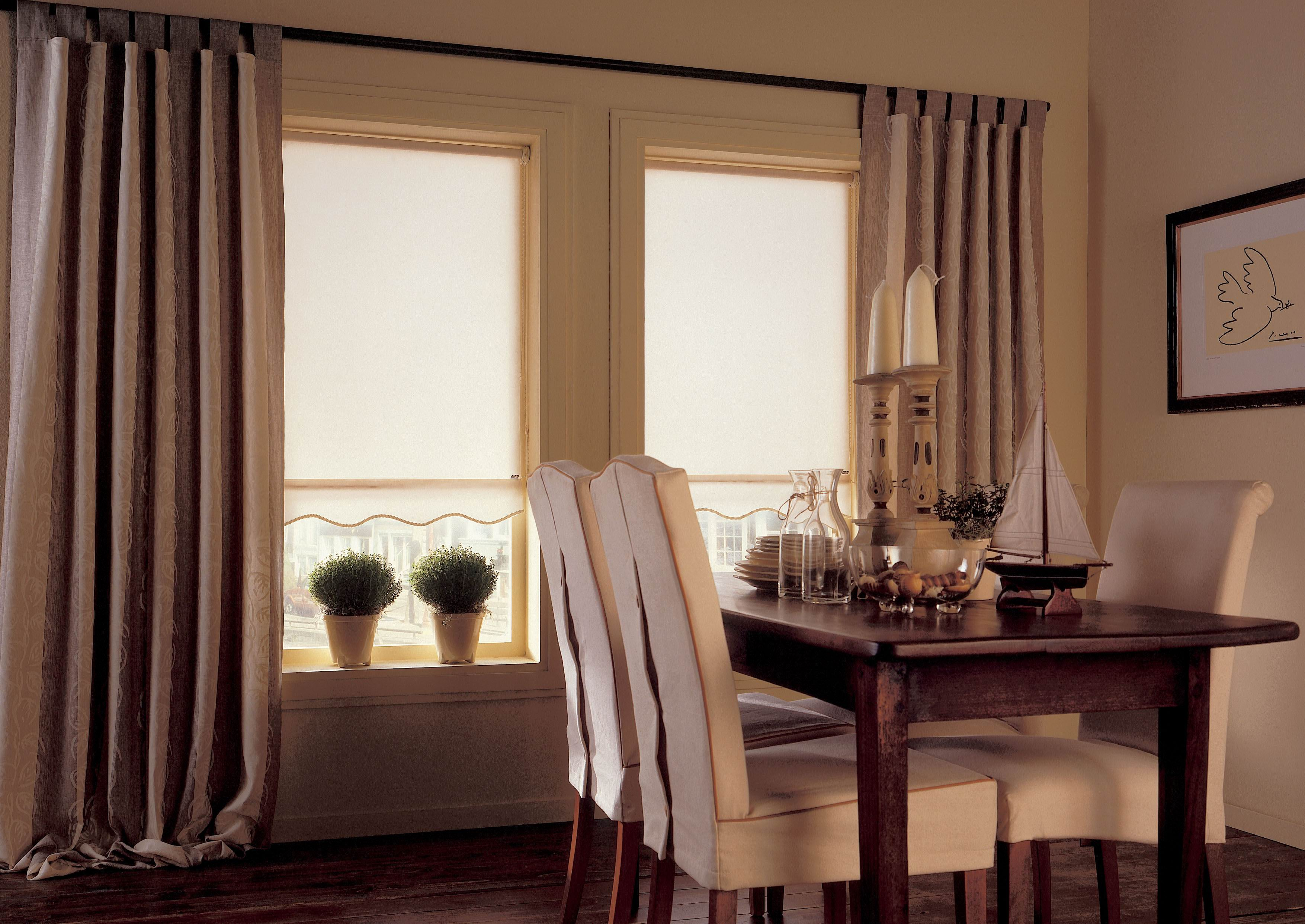 Roller Blinds (4).Jpeg