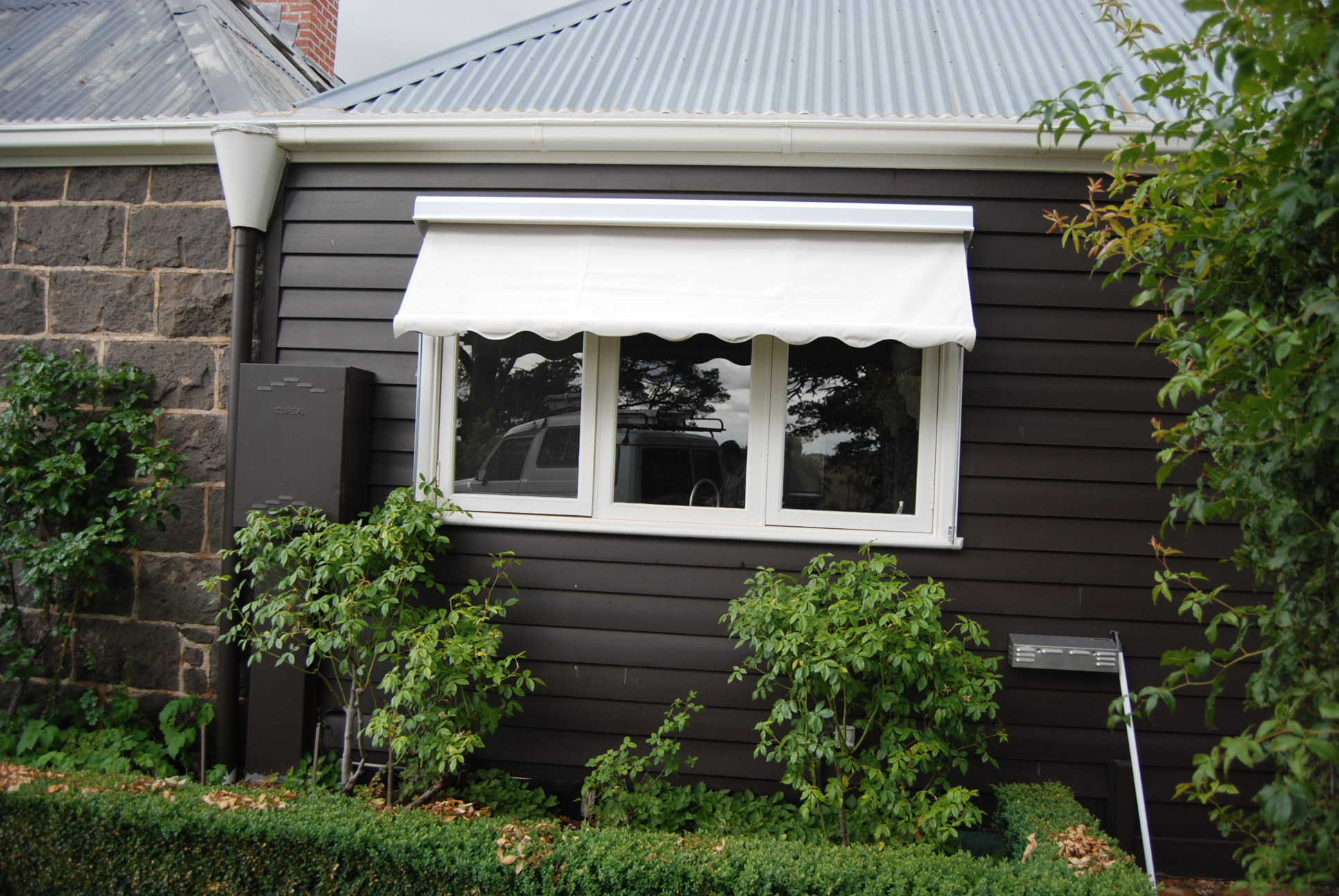 Window Awnings (1).JPG